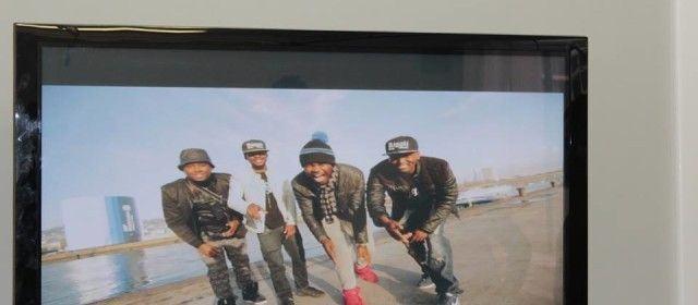 M A C s'est rapproché des artistes Belgo-Est Africains